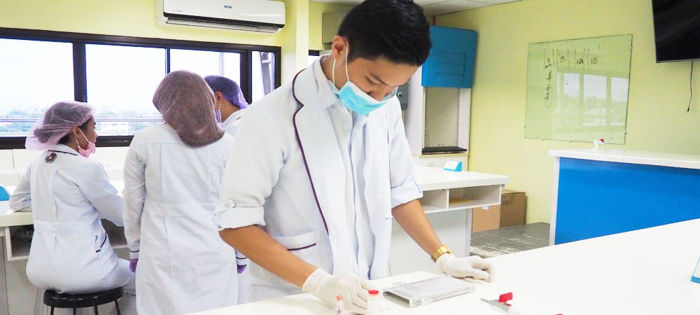 Bachelor in medical laboratory science davao doctors college inc demonstrate effective communication skills fandeluxe Gallery